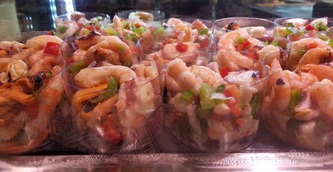Coctel de gambas (shrimp cocktail)