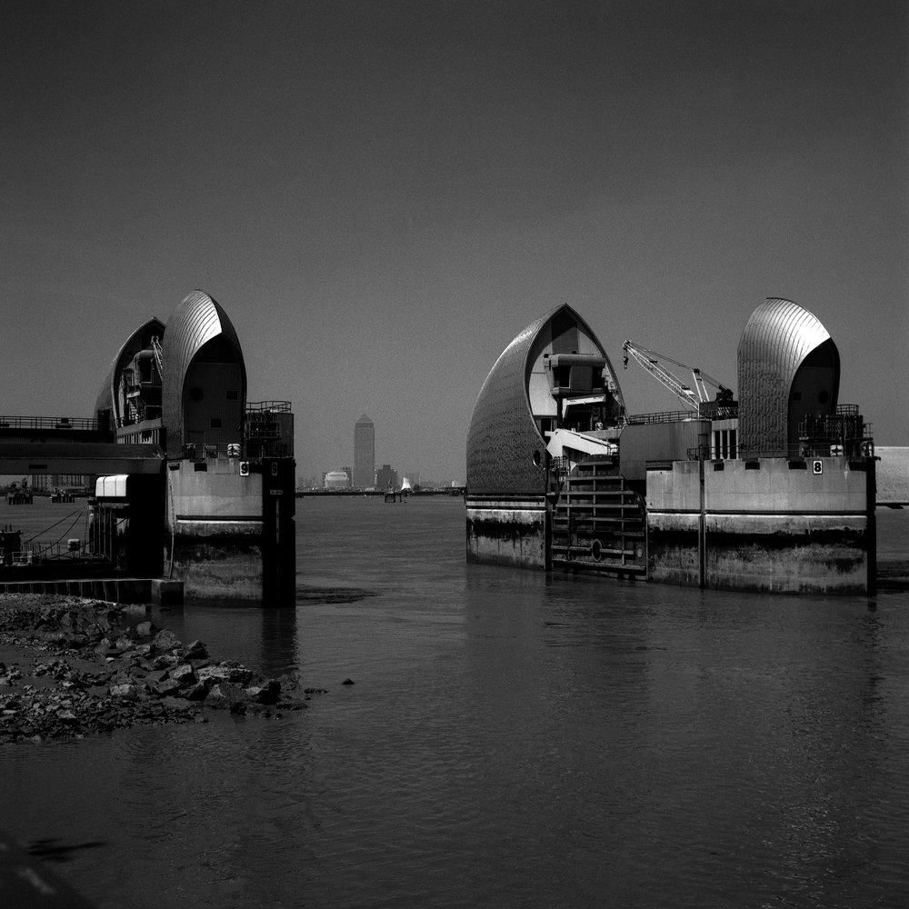 SWC Early Days Thames Barrier Date Created 17-07-97
