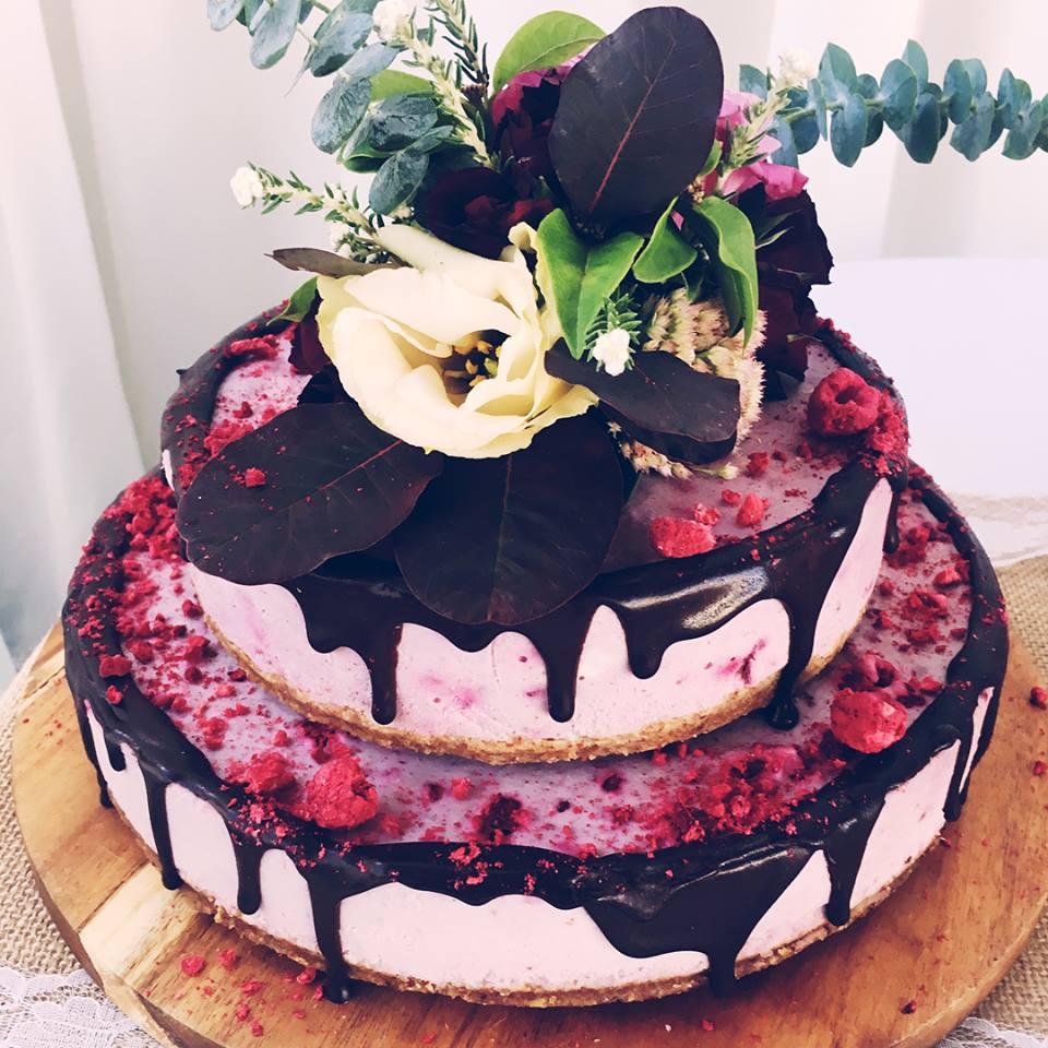RAW WEDDING CAKE   vegan, gluten free, refined sugar free.    Raspberry & chocolate