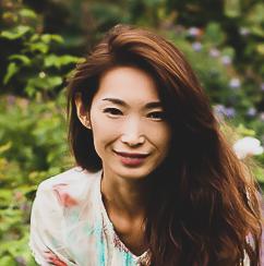 Website Design Portfolio: Asami-Mika.Com, Japanese Author Website