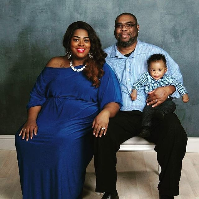 2019 Shades of BLUE with the Mcconicos, Grays and McKenzie! Happy New Year! . . . #TheCourageCoach #lifecoach #mindset #entrepreneurs #womanofgod #ladyboss #jesuschick #businessowner #womanoffaith #womenempowerment #mogul #BossQueens #bossbabe #transform #business #ministry #cincinnati #houston #atlanta #losangeles #newseason #entrepreneurship #healing #international #BecomingHer #family