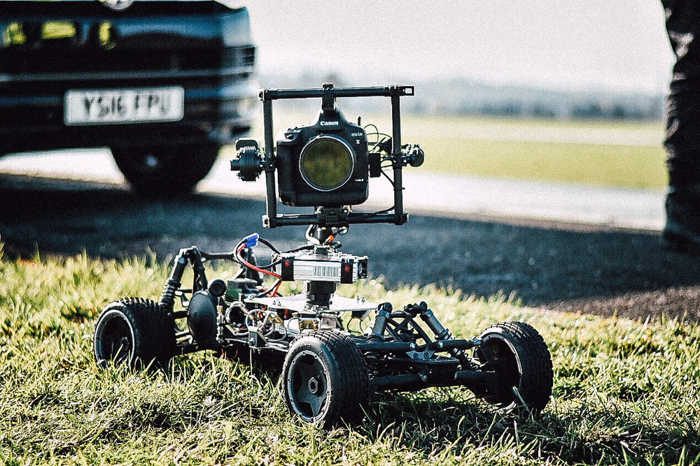 Remote car tracking vehicle filming