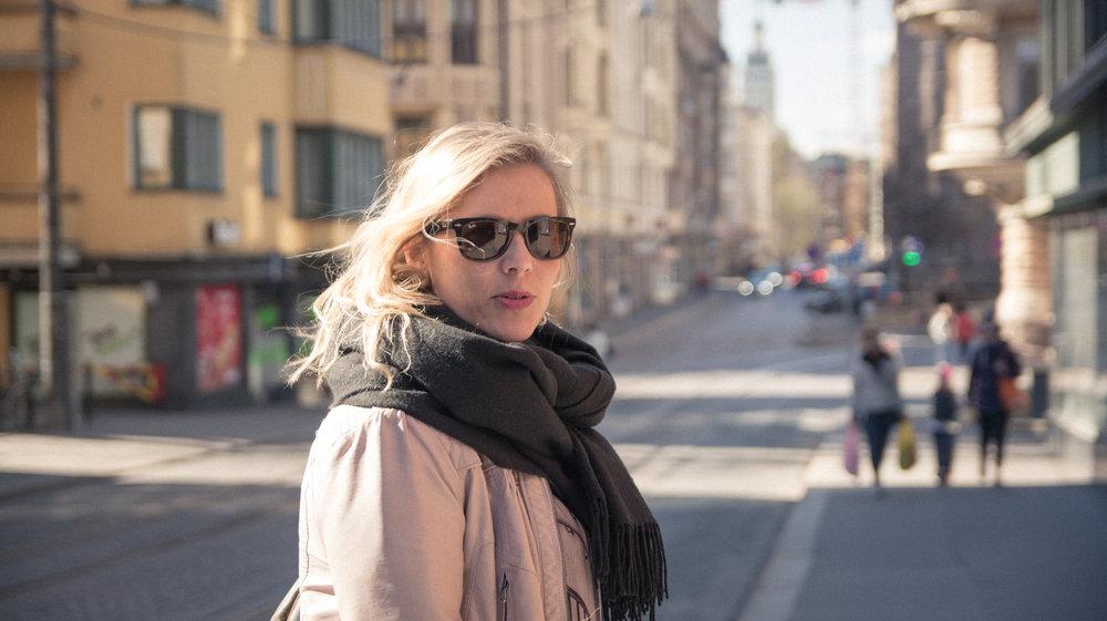 Laura looking stylish in downtown Helsinki