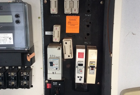 old-fuseboard-electrician