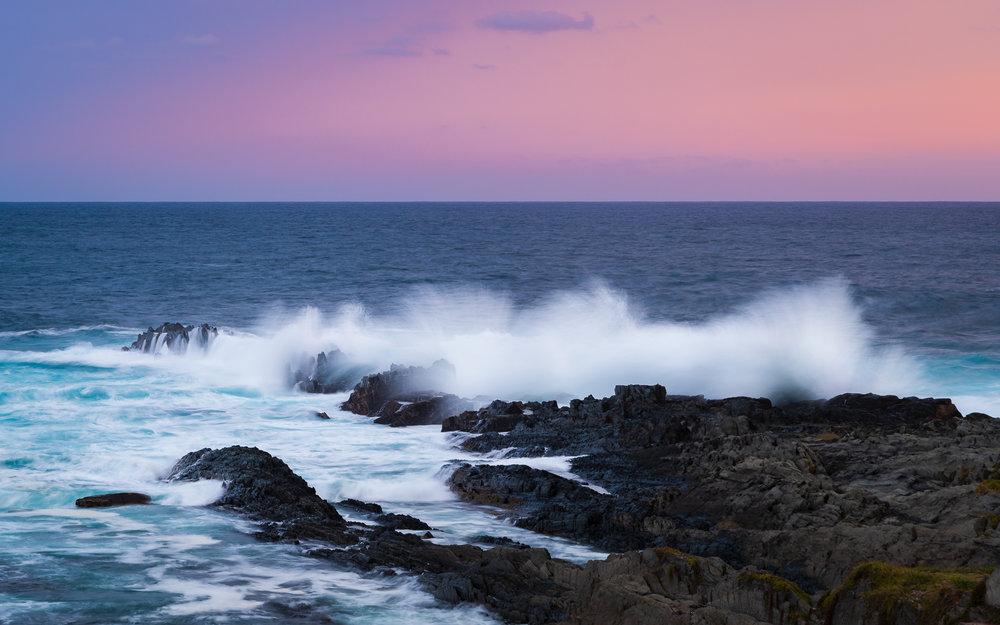 Zonsondergang aan de kust ( sluitertijd 0,6 sec)