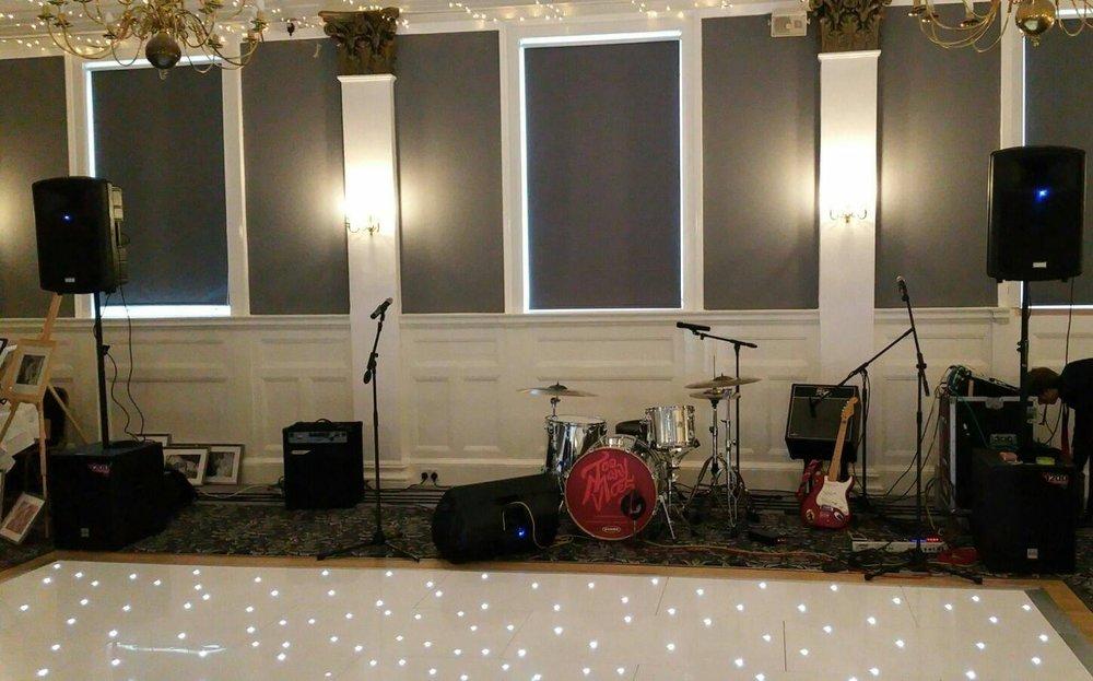 Tontine Hotel - Wedding Band Greenock