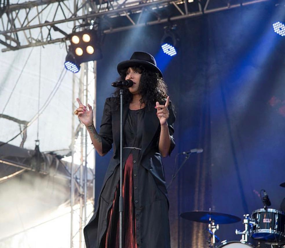 TITIYO WEARING CUSTOMIZED BLACK SHIRT DRESS FROM AW17 AT LULEÅ HAMNFESTIVAL 2017