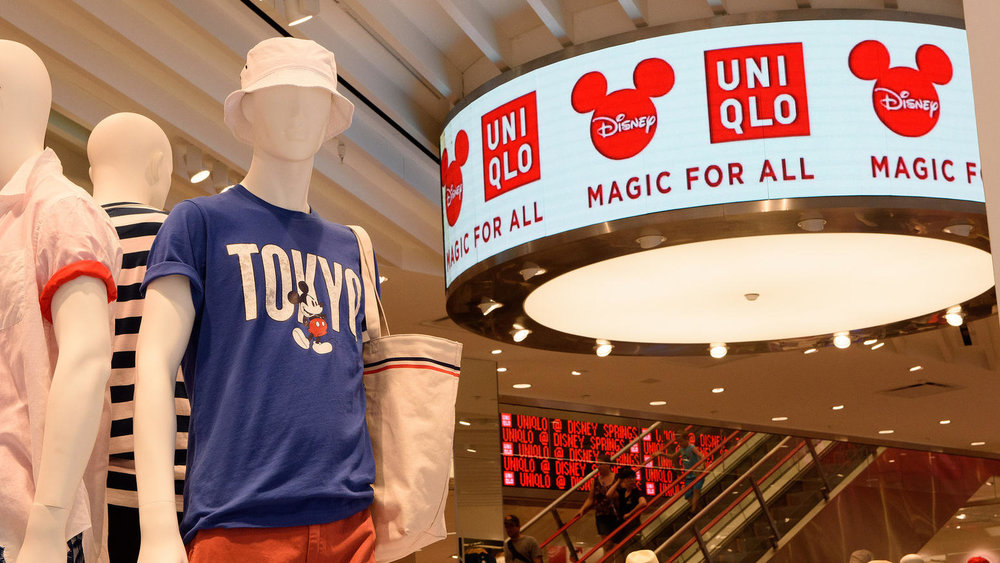 os-uniqlo-disney-springs-pictures-006.jpg