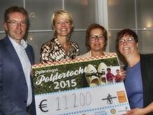 Poldertocht opbrengst   14 oktober 2015  Ook in 2015 ging het polderhek weer van de dam. En hoe. Maar liefst 1500 deelnemers liepen gezamenlijk € 11.200,-, bij elkaar...