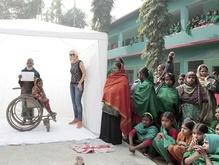 Bangladesh 11 februari 2015 Het was wederom een indrukwekkende reis vol met bijzondere ontmoetingen. In januari reisden Erma Rotteveel, Monique Velzeboer, Wieke Biesheuvel en Jan Hofstra af naar Bangladesh waar zij portretten maakten van...