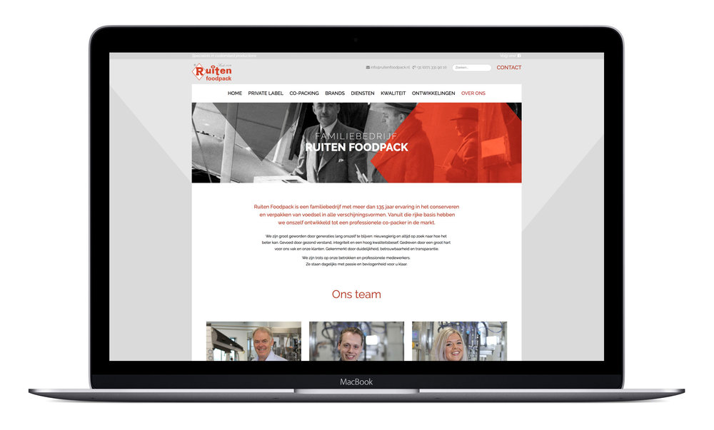 macbook mock-up 06.jpg