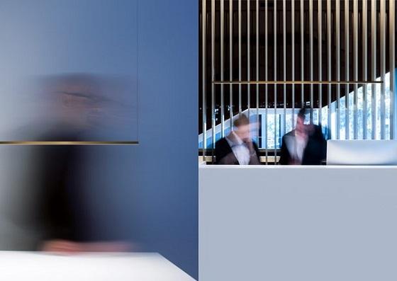 Davide Groppi Shanghai minimal linear pendant light in brass