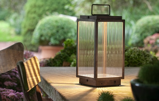 cordless table lantern from Nautic by Tekna
