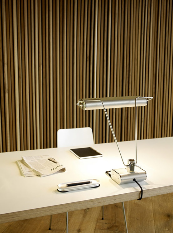 ad34 Bauhaus desk light from Tecnolumen
