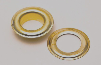 grommets - comes standard with our pads. provides an easy way to hand your elevator pads witht the use of studs or hooks.