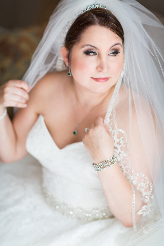 RBF-DanielleMichael-BridePrep-186.jpg