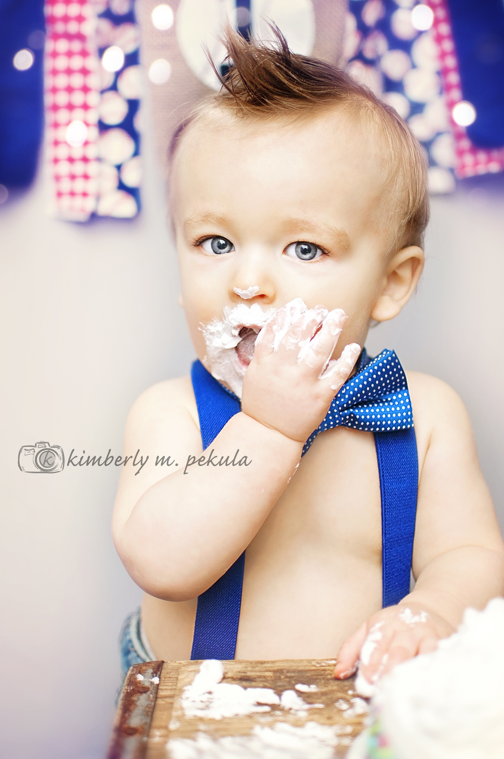Brady's First Birthday Mini Session_07.jpg