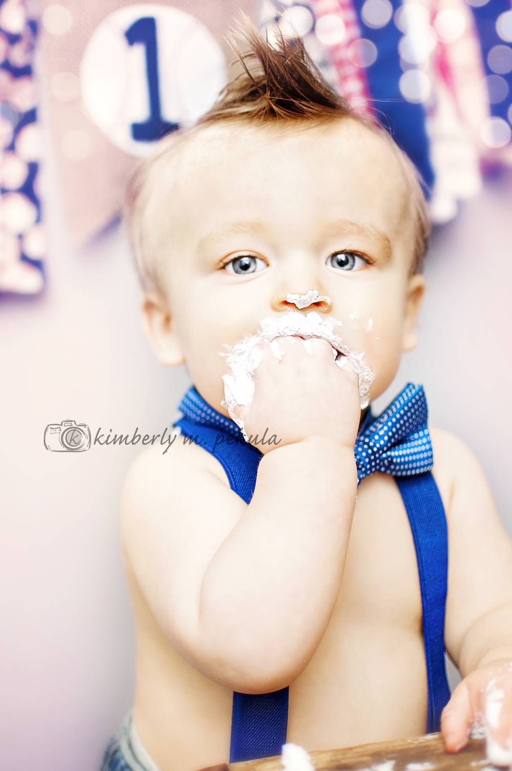 Brady's First Birthday Mini Session_08.jpg