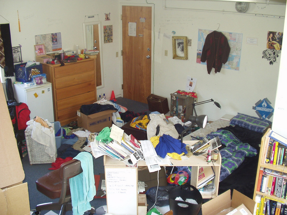 messy-room.jpg