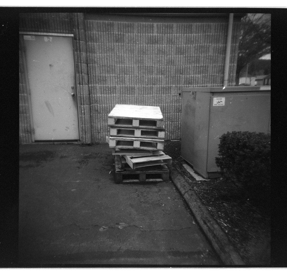 Holga 120N Kodak Porta 400 B&W 1.jpg