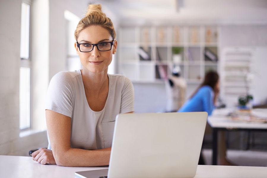 woman-business-computer.jpg