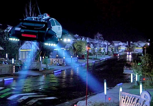 FlyingCar-Backtothefuture.wikia.com