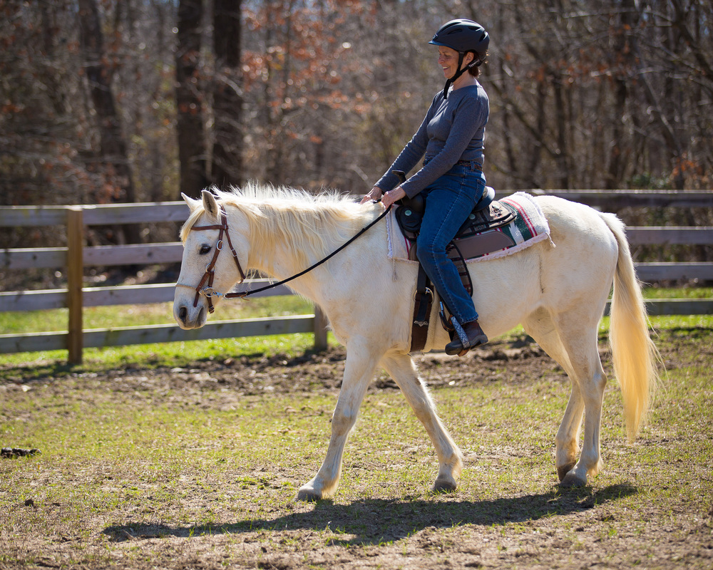 Barb riding Motita