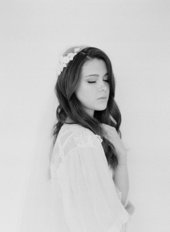 JennySoiPhotography-BridalBoudoireditorial-130.jpg