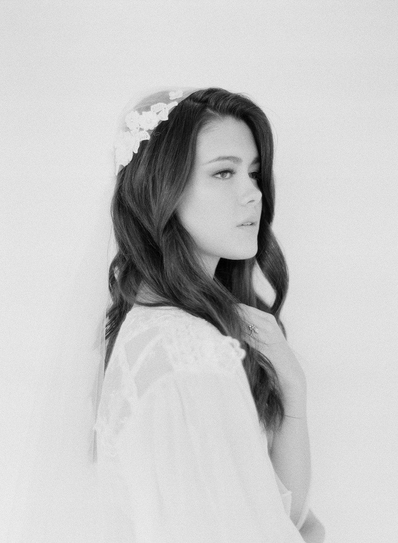 JennySoiPhotography-BridalBoudoireditorial-131.jpg