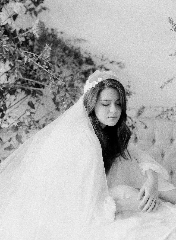 JennySoiPhotography-BridalBoudoireditorial-148.jpg