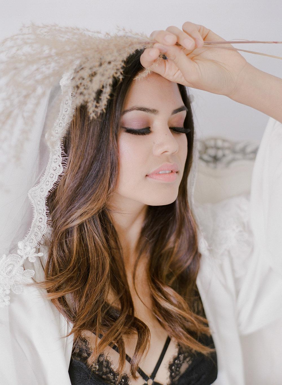 JennySoiPhotography-BridalBoudoireditorial-155.jpg
