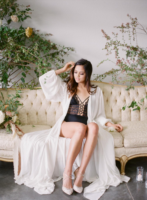 JennySoiPhotography-BridalBoudoireditorial-168.jpg