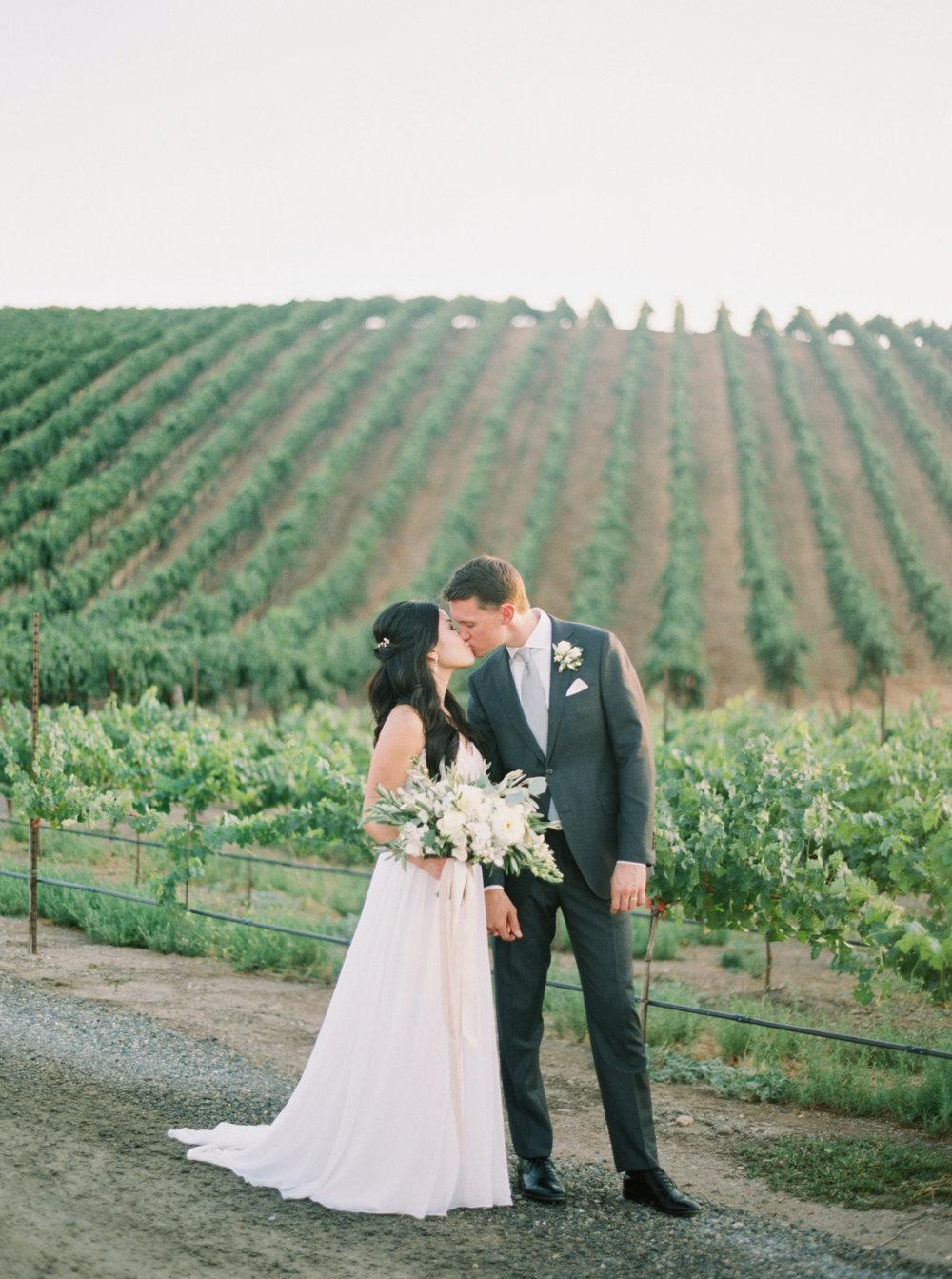trynhphoto_sandiego_orangecounty_temecula_sf_weddingphotographer_KN-313.jpg