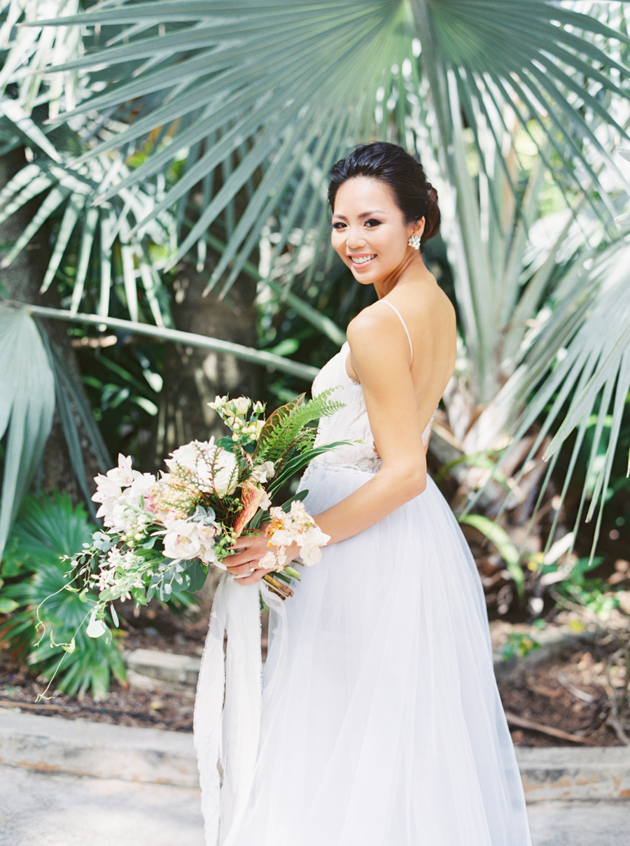 trynhphoto-stylemepretty-hawaii-wedding-photographer-honolulu-oahu-maui-39.jpg