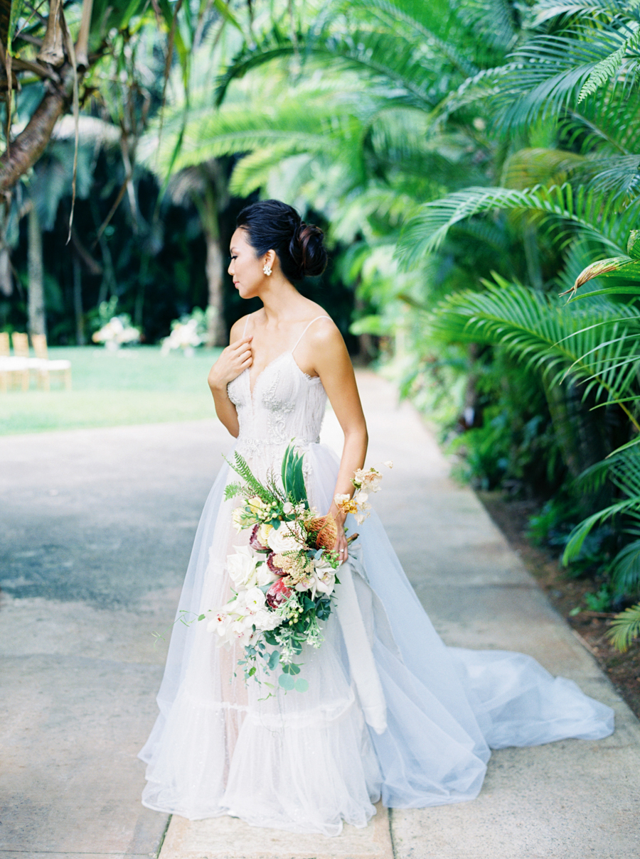 trynhphoto-stylemepretty-hawaii-wedding-photographer-honolulu-oahu-maui-45.jpg