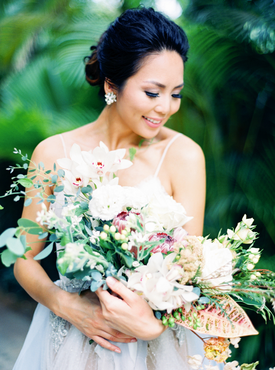 trynhphoto-stylemepretty-hawaii-wedding-photographer-honolulu-oahu-maui-41.jpg
