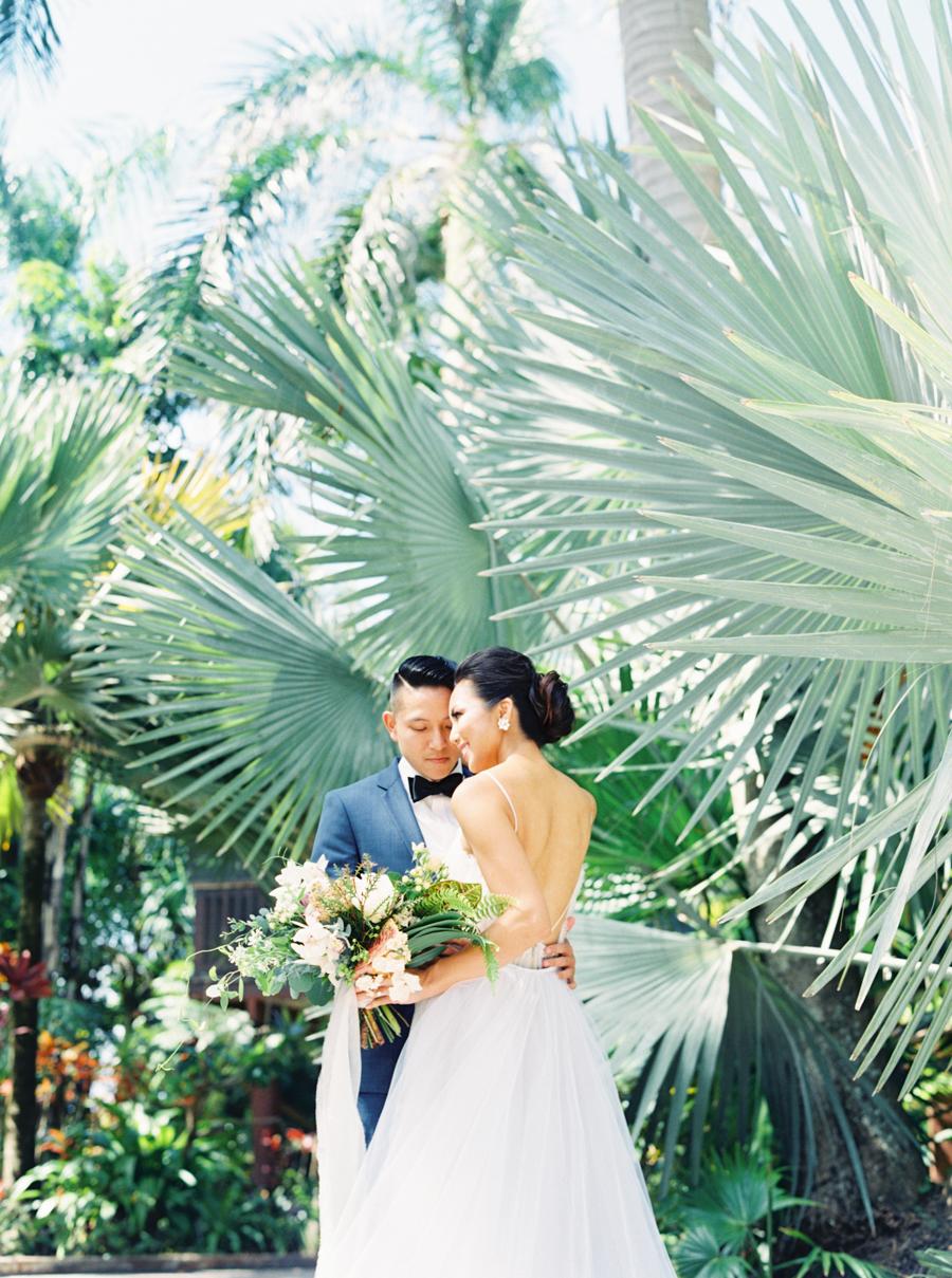 trynhphoto-stylemepretty-hawaii-wedding-photographer-honolulu-oahu-maui-59.jpg