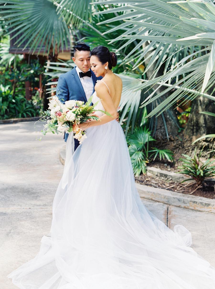 trynhphoto-stylemepretty-hawaii-wedding-photographer-honolulu-oahu-maui-58.jpg
