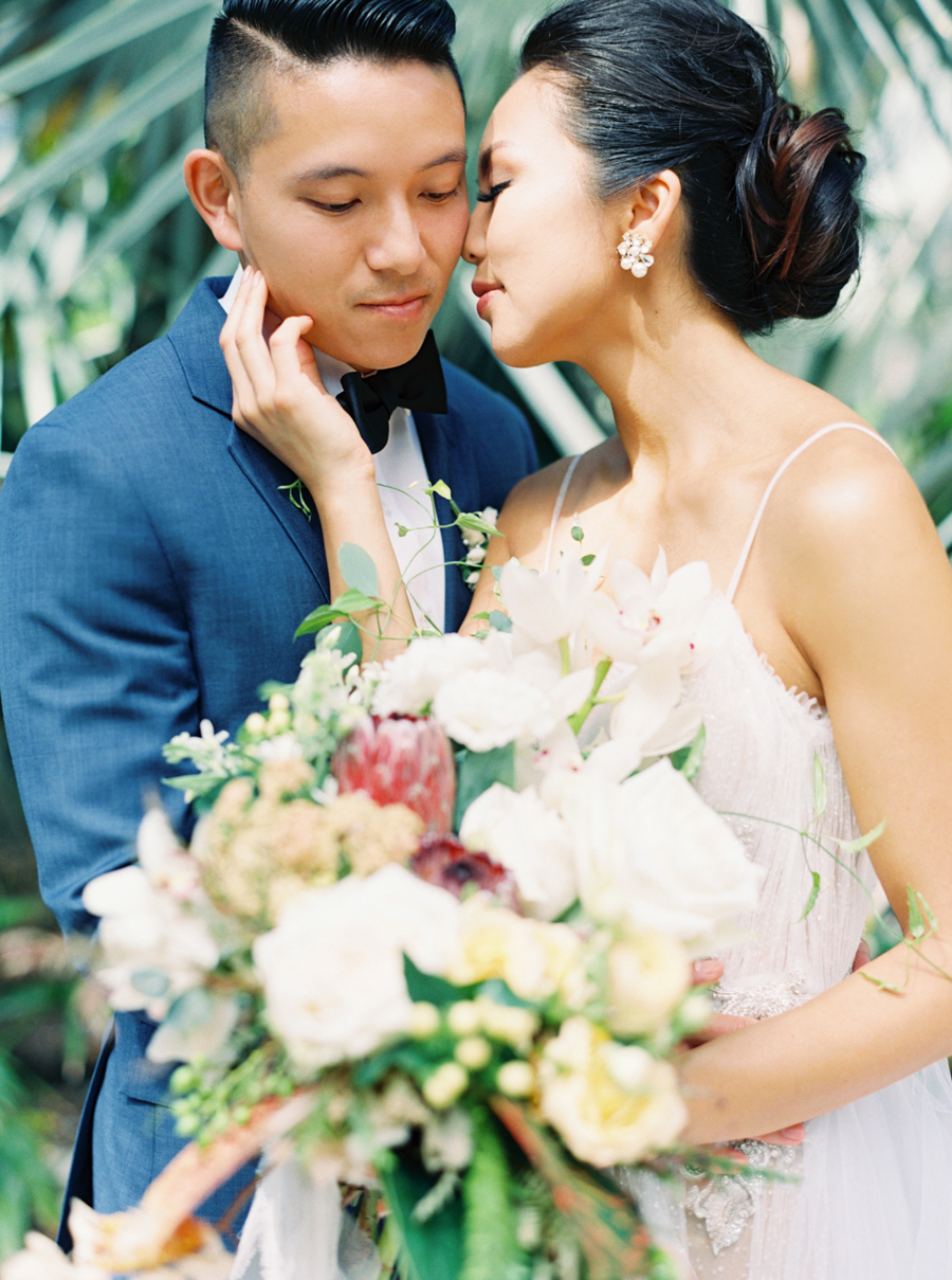 trynhphoto-stylemepretty-hawaii-wedding-photographer-honolulu-oahu-maui-61.jpg