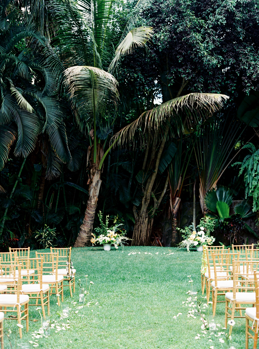 trynhphoto-stylemepretty-hawaii-wedding-photographer-honolulu-oahu-maui-74.jpg