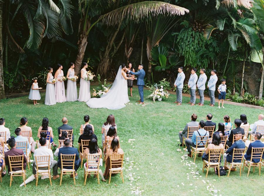 trynhphoto-stylemepretty-hawaii-wedding-photographer-honolulu-oahu-maui-86.jpg