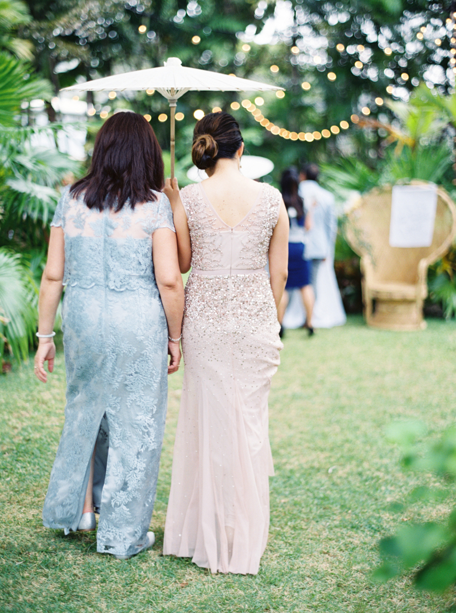 trynhphoto-stylemepretty-hawaii-wedding-photographer-honolulu-oahu-maui-93.jpg