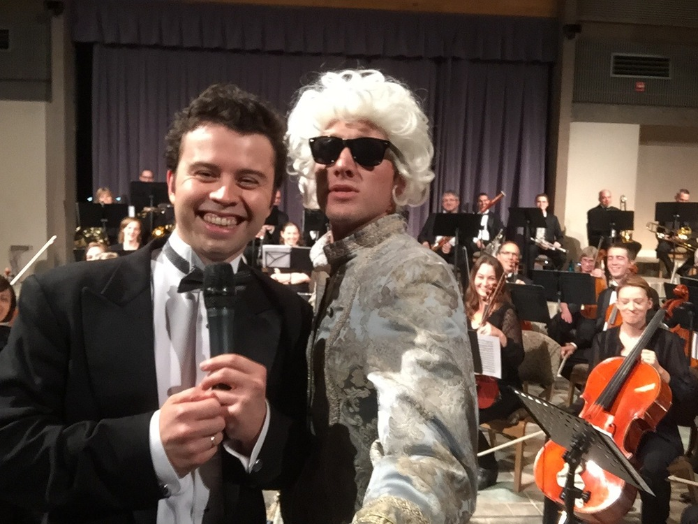 Mozart and Music Director Devin Patrick Hughes share a pre-concert selfie moment