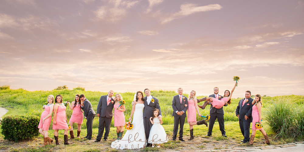 Christie & Bryan and their wonderful wedding party at the Tribute Golf Club