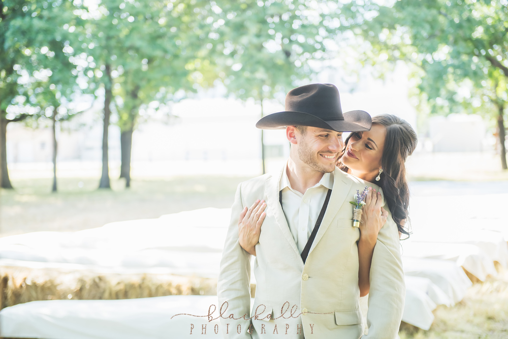 First looks are always so much fun and SO intimate- I love when couples opt to have these special moments documented.
