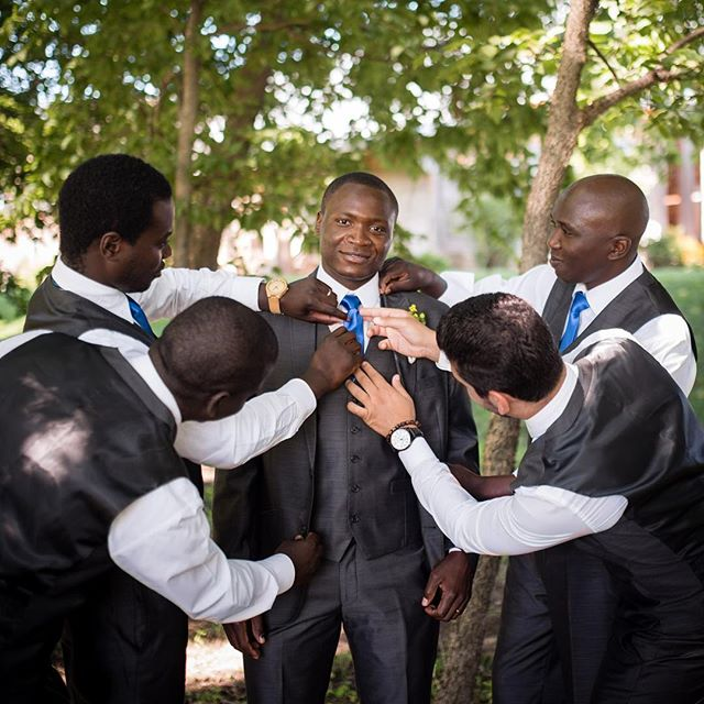 Grooming the groom. #groom #groomsmen #kansasweddingphotographer #wichitaweddingphotographer #kcweddingphotographer #weddingphotography #meadowlark #mahaffie #lovemyjob