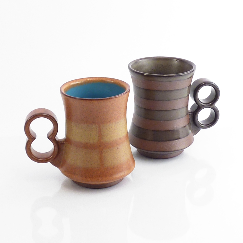 tapered two finger mugs