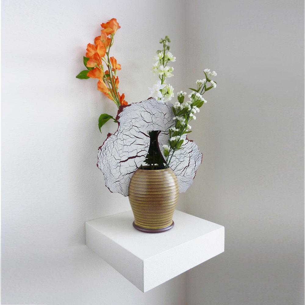 Shardware vase