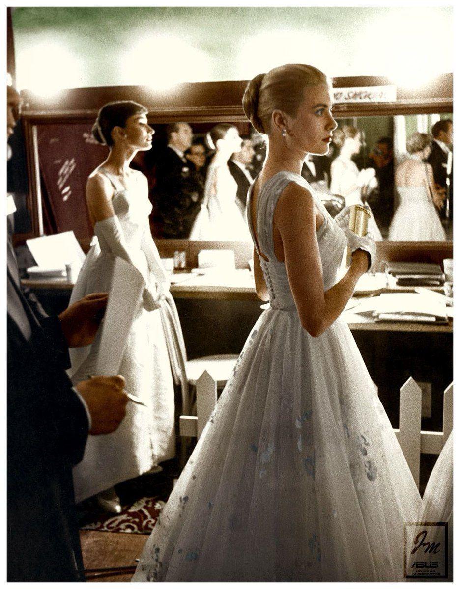 Audrey Hepburn & Grace Kelly - 1956 Academy Awards.