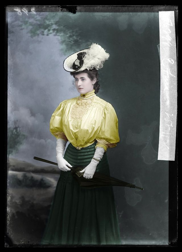 1900s-women.jpg